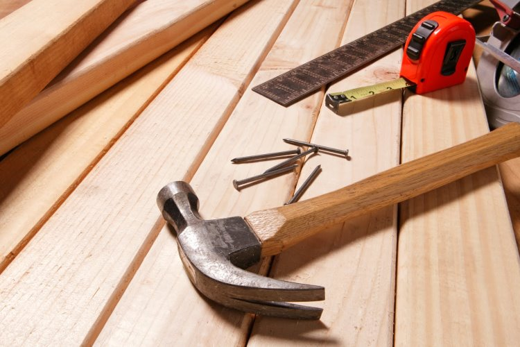 Call a Handyman for Wood Repair – Avoid the Splinters; Enjoy the Service
